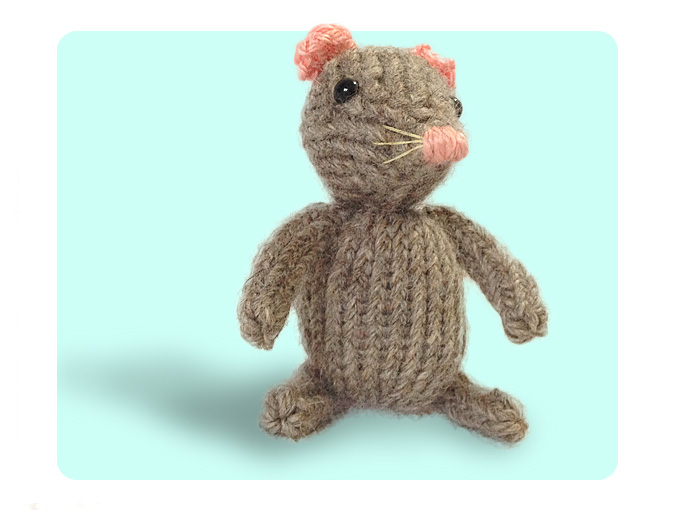 Knitting Stitches Sl1 : Free Cute Mouse Knitting Pattern How to knit iCord & Sl1 K2tog Psso
