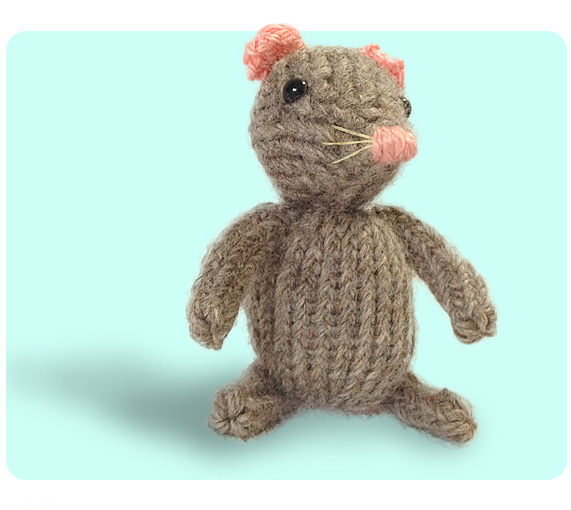 Knitting Pattern For Mouse Free : Free Cute Mouse Knitting Pattern How to knit iCord & Sl1 K2tog Psso