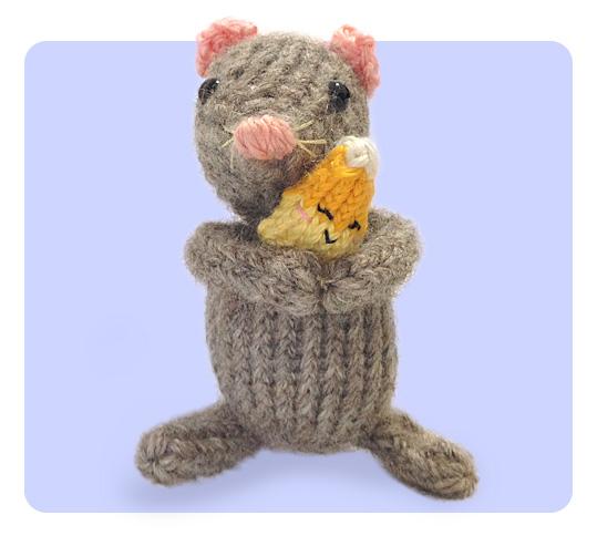 Free Knitting Patterns Halloween Toys : Free Halloween Knitting Pattern, Knit a Cute & Easy Candy Corn